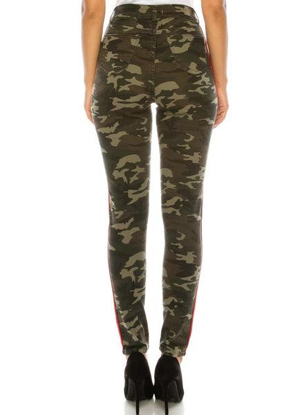 High Rise Skinny Jeans w/ Red Highlight Out seam