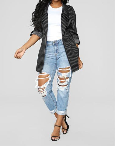 Distressed High Rise Boyfriend Jeans - Light Wash