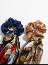 Load image into Gallery viewer, Chain Print Scrunchie Scarf set of 2