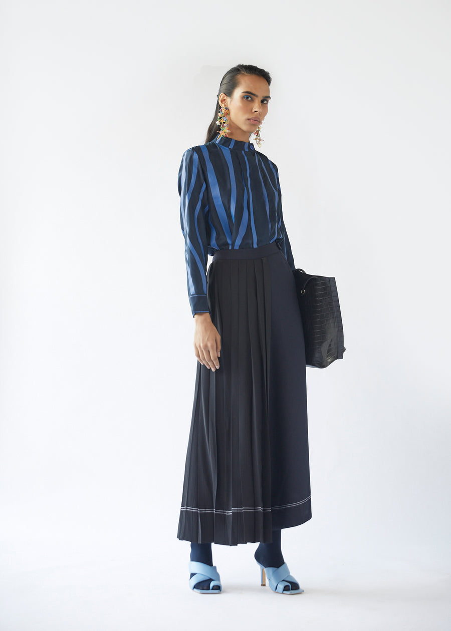 Overlap Pleated Pants