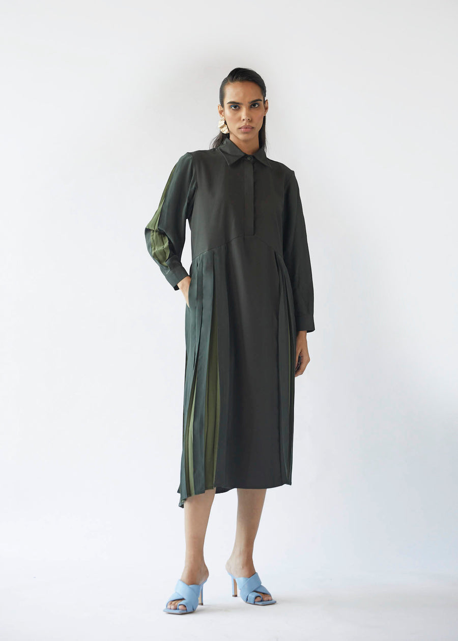 Assymetric Linear Dress