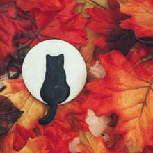 Load image into Gallery viewer, Black Cat Against The Moon Brooch
