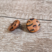 Load image into Gallery viewer, Round Leopard Print Stud Earrings