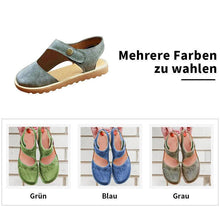 Laden Sie das Bild in den Galerie-Viewer, Vintage & Weiche  Klett Mary Jane Sandalen