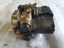 Laden Sie das Bild in den Galerie-Viewer, BMW E28 ABS Pumpe Hydraulikblock BOSCH 0265201005