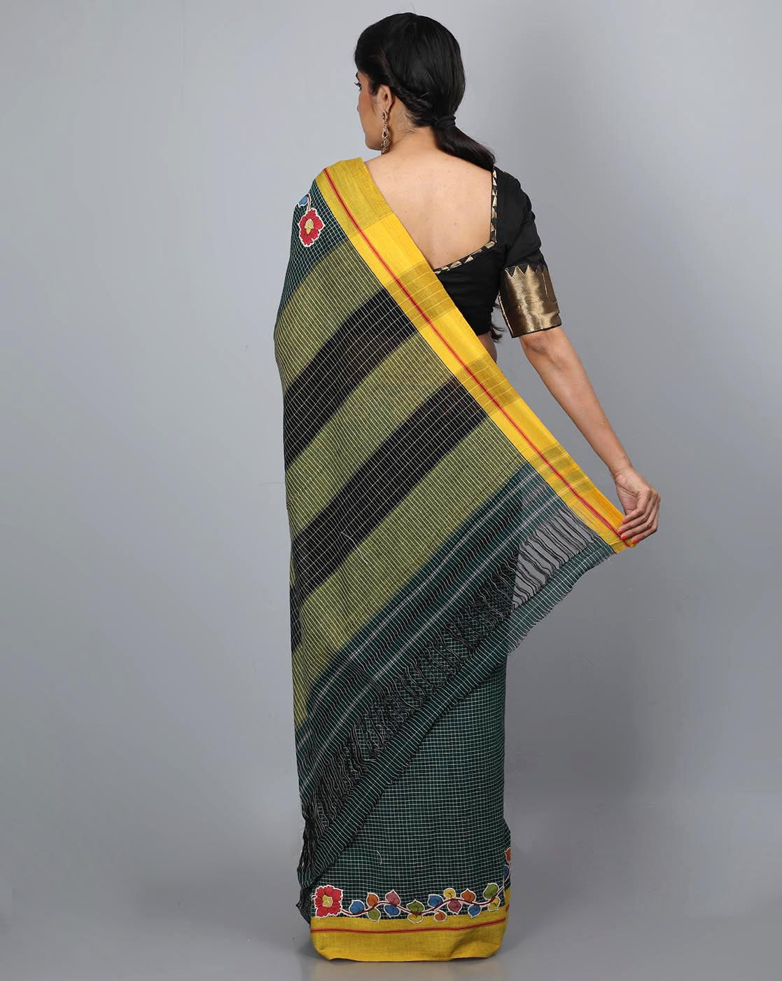Patteda Anchu with Vine Border Patch - Green