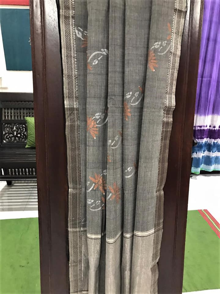 Mangalagiri Cotton Hand Block Printed Saree (Grey) with Copper Lotus Motif