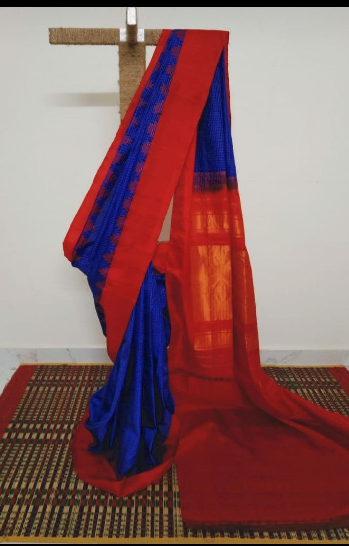 Blue Pure Silk Gadwal Saree with Red Kuttu Border