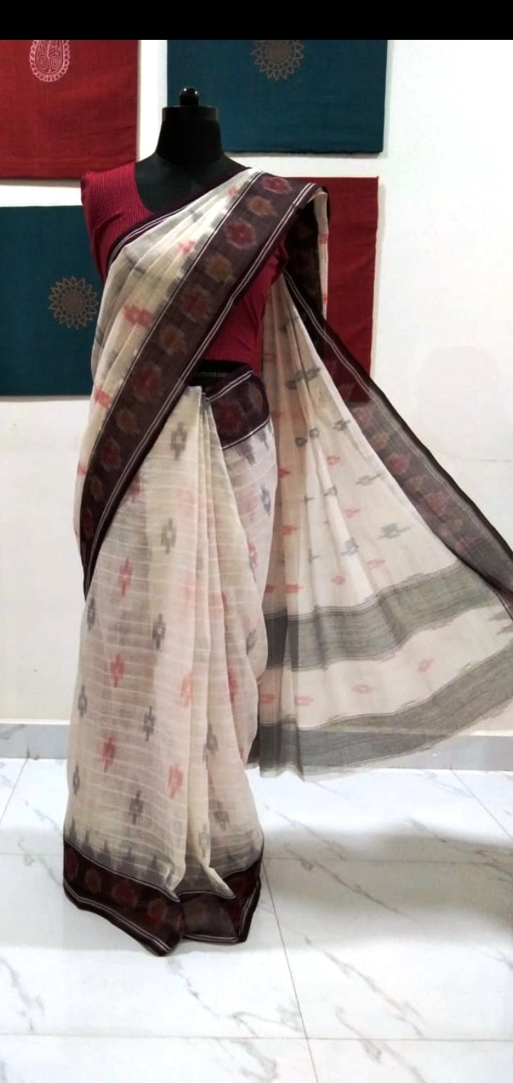 Siddipet Ikat Saree - Offwhite/Brown