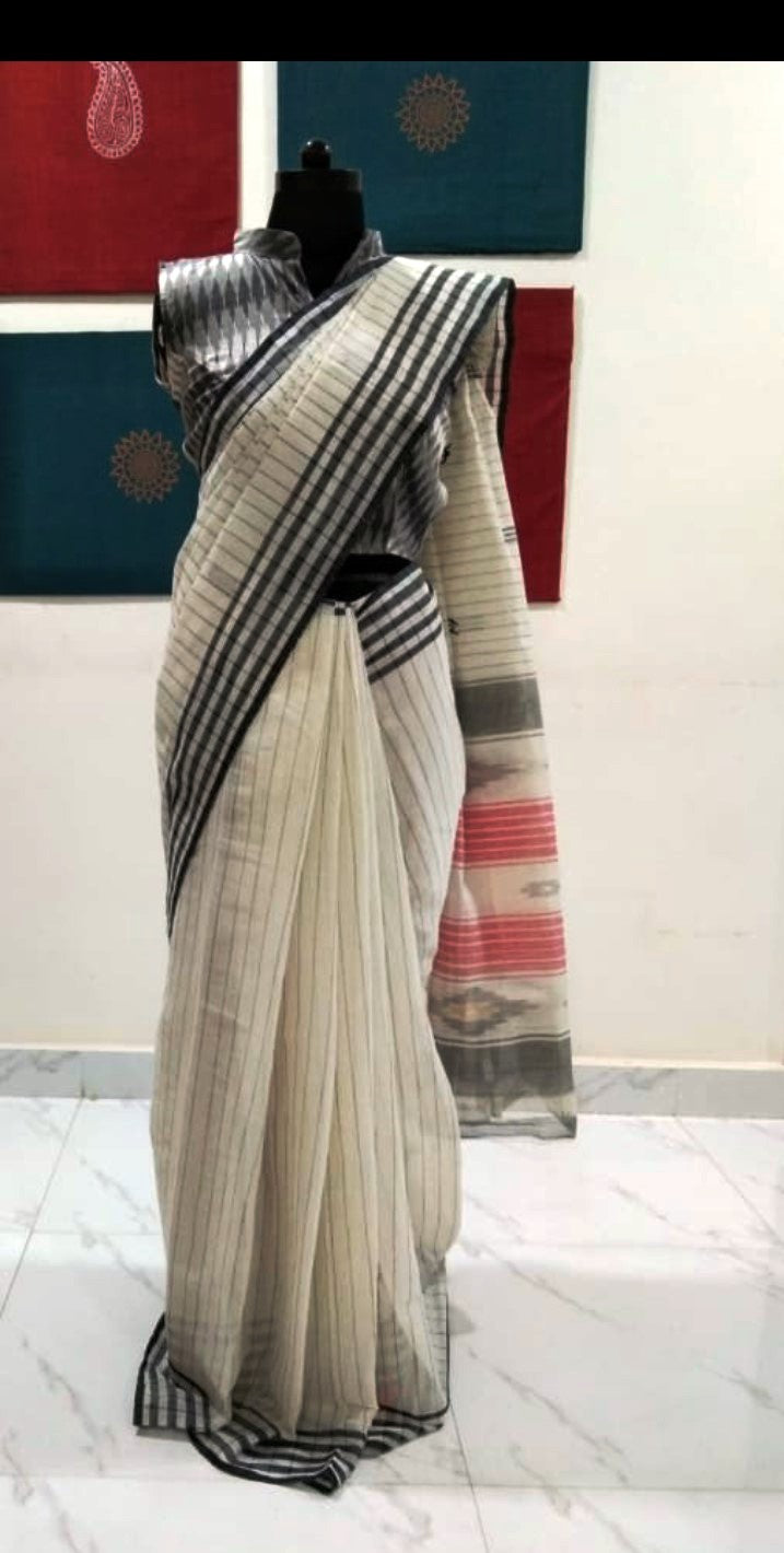 Siddipet Ikat Saree with Stripes - Offwhite & Black