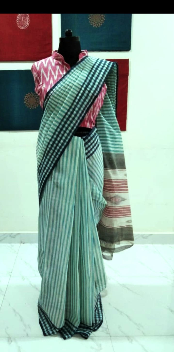 Siddipet Ikat Saree with Stripes - Offwhite & Skyblue