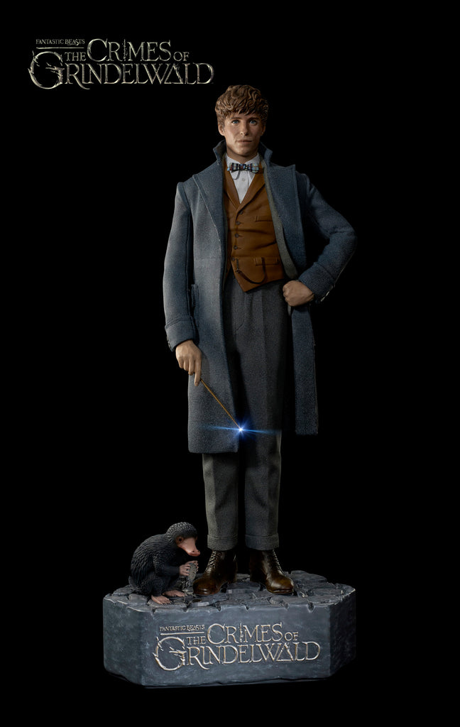 "FANTASTIC BEASTS 2 - ""Newt"" & ""Niffler"" (life-size) - IN STOCK!"
