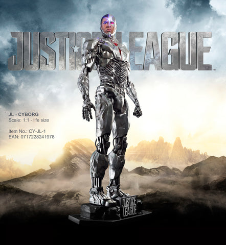 "JUSTICE LEAGUE - ""CYBORG"" LIFE-SIZE STATUE"