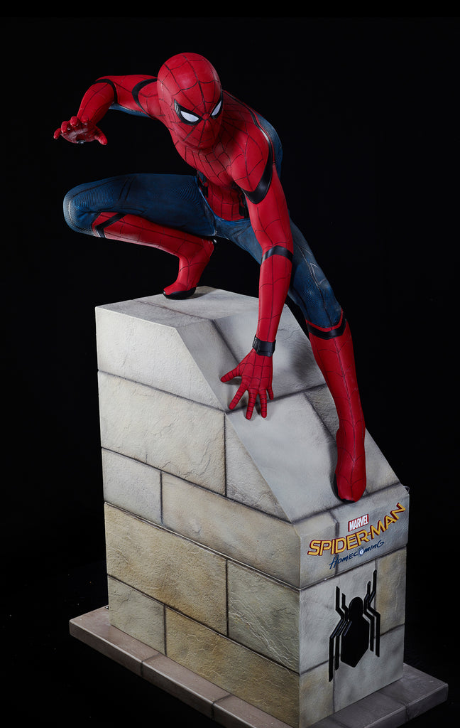 "SPIDER-MAN: HOMECOMING - ""SPIDER-MAN"" LIFE-SIZE STATUE (SOLD OUT!)"