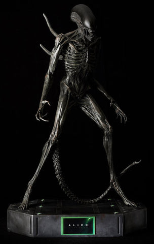 "ALIEN COVENANT - Life-size ""ALIEN"" STATUE (NOTE: ONLY 1 LEFT IN STOCK; SOLD OUT AFTER)"