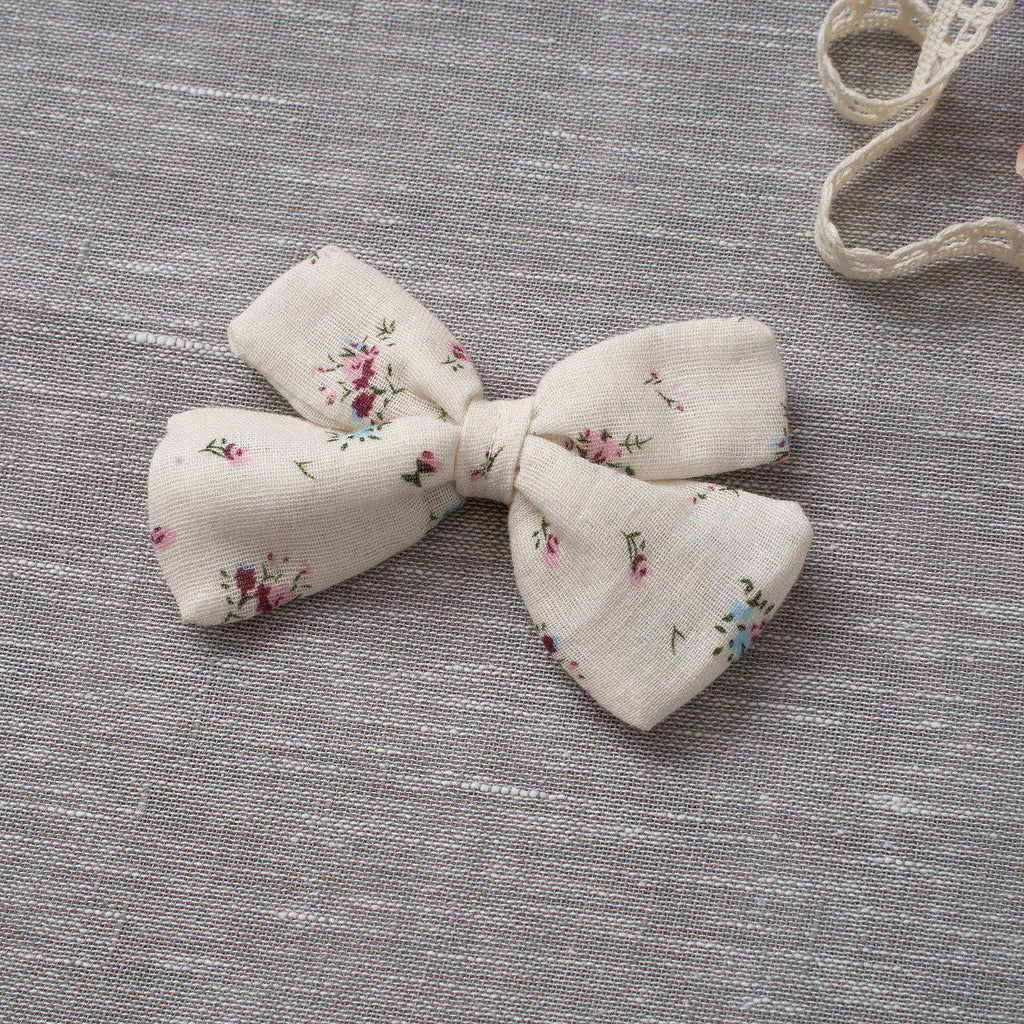 Criss-Cross Bow - Cream Floral