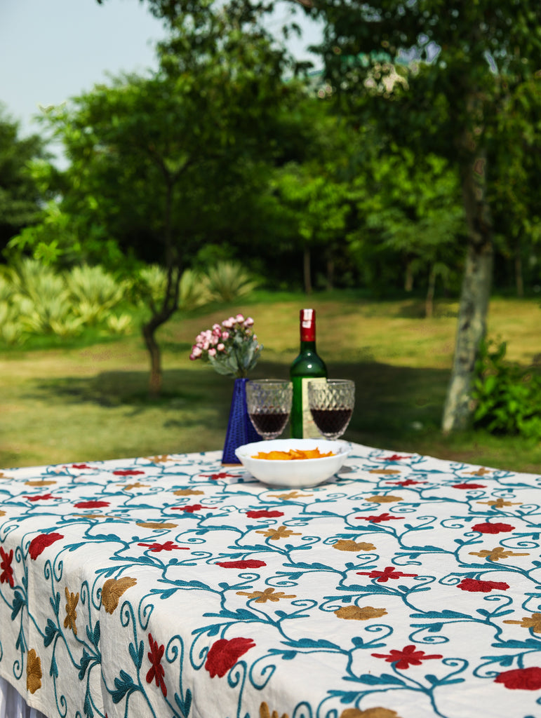 Square - Raspberry Roast Tablecloth