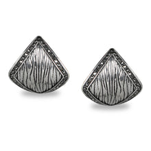 Load image into Gallery viewer, TRIANGULAR SILVER OXIDISED STUDS