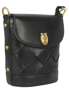 ELEGANT BLACK SLING BAG FOR YOUR DAILY OUTING