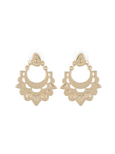Load image into Gallery viewer, Golden Plated Alloy Earrings