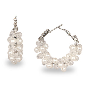 CLUSTER OF PEARL PARTY HOOP EARRINGS