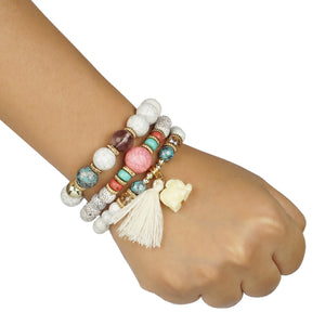 3 LAYERED WHITE BRACELET WITH MULTICOLORED BEADS