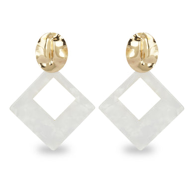 WHITE  SHELL FINISH SQUARE EARRING