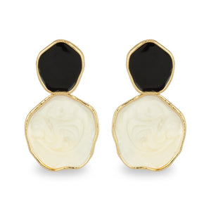 BLACK AND WHITE ENAMEL EARRING