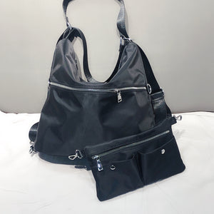 BLACK MULTI COMPARTMENT HAND BAG