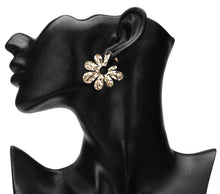 Load image into Gallery viewer, GLOSSY GOLDEN FLOWER STATEMENT PARTY EARRINGS