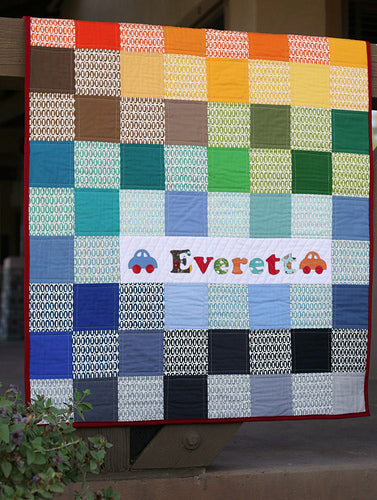 Easy Pezzy Crib Quilt