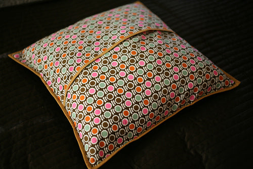 Pillow Received from Solidia (modernsewl)