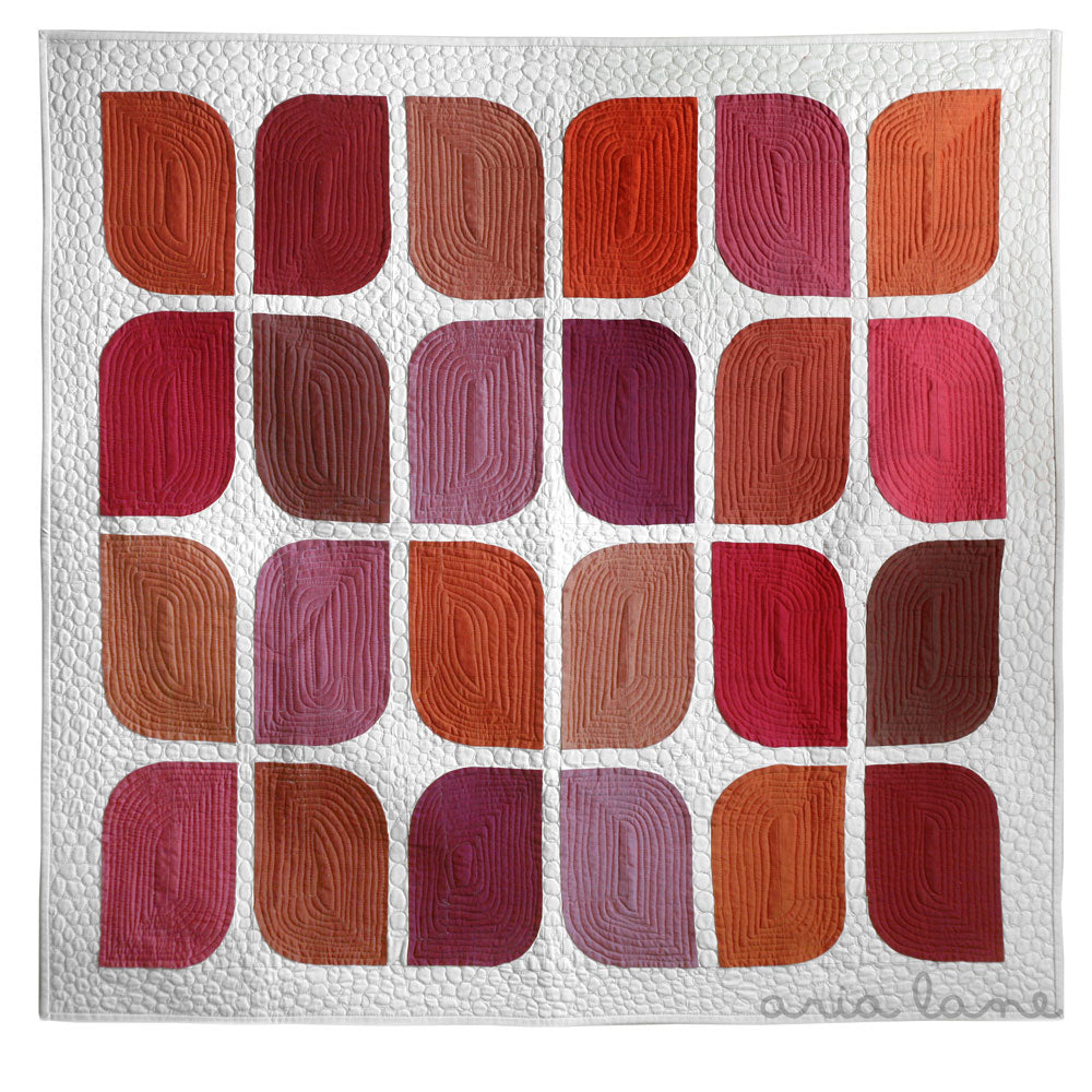 retro-rubies-quilt-front-white