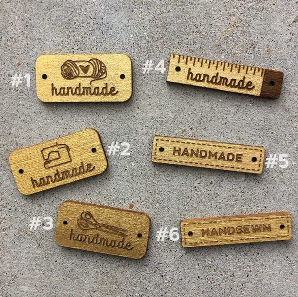 Wooden Tags in Metallic Gold (2 pack)