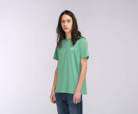t-shirt edwin EDWIN LOGO CHEST TS FROSTY SPRUCE GARMENT WASH