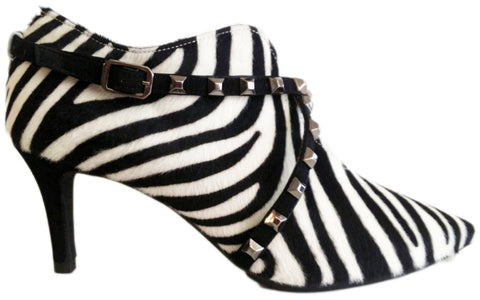 Lodi, Stiefelette im Zebra-Look mit Cut-Out