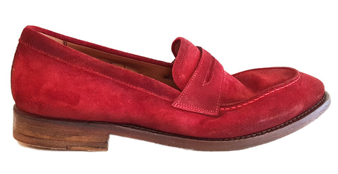 Cordwainer, rahmengenähter Wildleder-Slipper in Rot