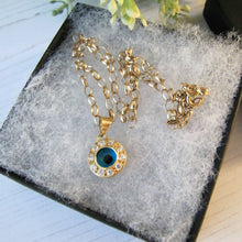 Load image into Gallery viewer, Vintage 14ct Gold Evil Eye Pendant & Chain