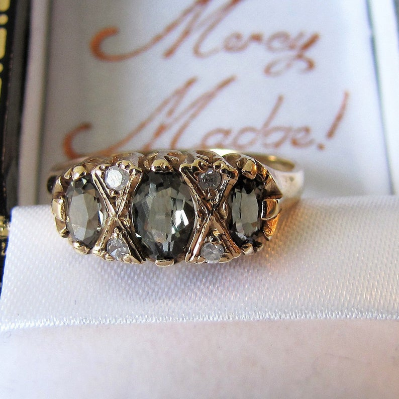 Vintage 9ct Gold Alexandrite & Diamond Edwardian Revival Ring