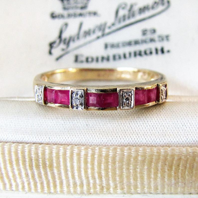 Vintage 9ct Gold Diamond & Ruby Eternity Band Ring.