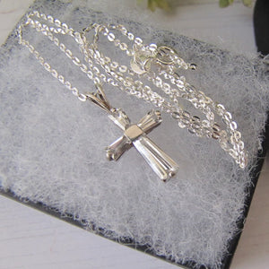 Vintage Sterling Silver Cubic Zirconia Cross Pendant