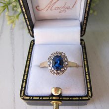 Load image into Gallery viewer, Vintage 9ct Gold, Blue Topaz & White Spinel Cluster Ring