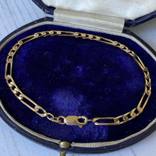 Load image into Gallery viewer, 9ct gold Figaro chain bracelet