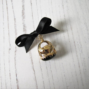 9ct Gold & Onyx Claddagh Pendant Fob - MercyMadge