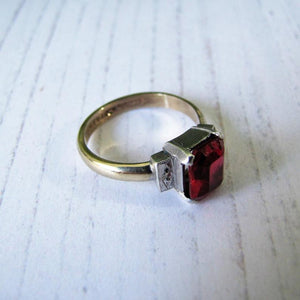 Antique Art Deco 9ct Gold Emerald Cut Ruby Ring