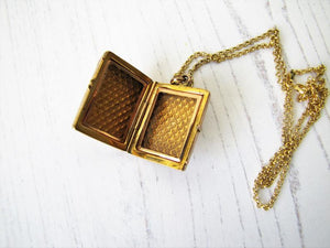Vintage Victorian Style Gold Book Locket & Chain - MercyMadge