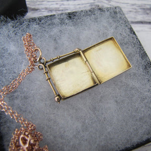 Antique 9ct Gold Book Locket, Chester 1914. - MercyMadge