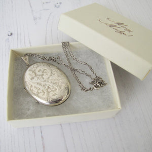 Vintage English Silver Photo Locket & Chain - MercyMadge