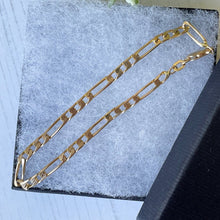 Load image into Gallery viewer, Vintage 9ct Gold Trombone Link Fetter Bracelet