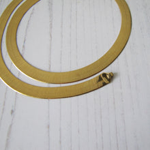 Load image into Gallery viewer, Italian 18ct Gold Omega Necklace